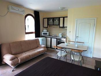 Summer Dreams Apartments - фото 6