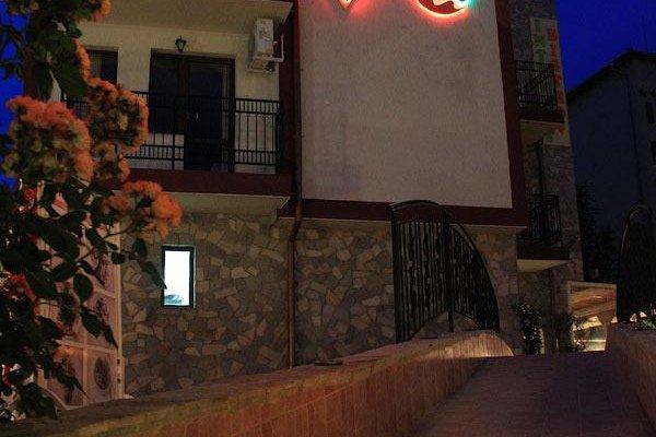 FAMILY HOTEL BREZA - фото 20