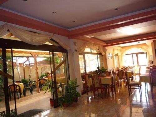 FAMILY HOTEL BREZA - фото 7