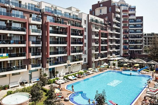 Admiral Plaza Apartments - фото 50