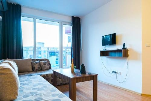 Admiral Plaza Apartments - фото 5