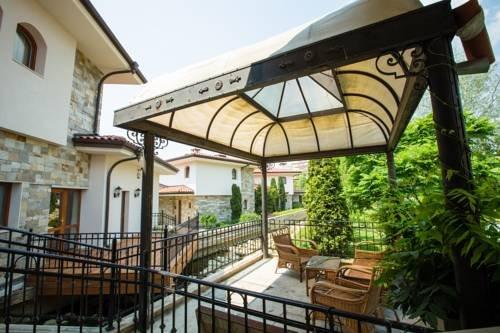 Helena VIP Villas and Suites - фото 18