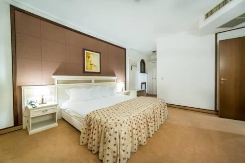 Helena VIP Villas and Suites - фото 2