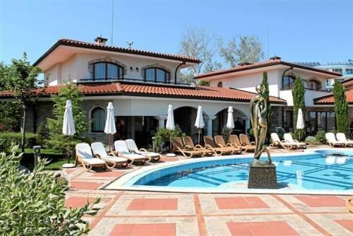 Helena VIP Villas and Suites - фото 21