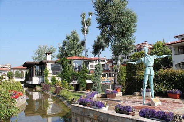 Helena VIP Villas and Suites - фото 23