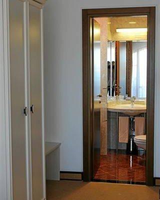 Helena VIP Villas and Suites - фото 8