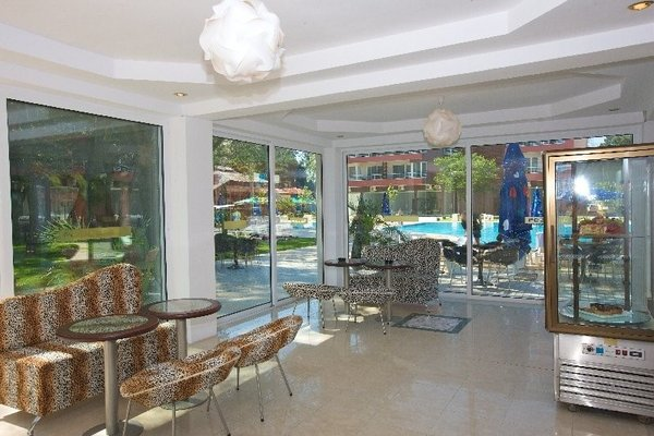 Menada Zornitsa Apartments - фото 14