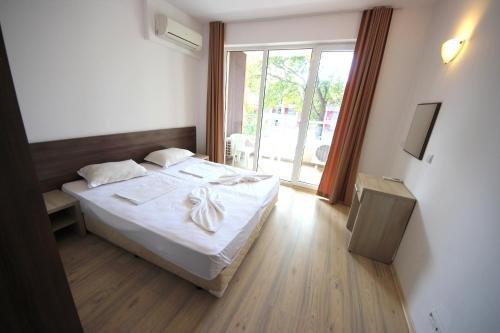 Menada Zornitsa Apartments - фото 2