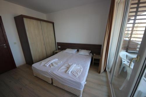 Menada Zornitsa Apartments - фото 4