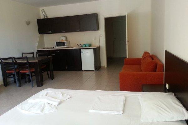 Menada Forum Apartments - фото 29