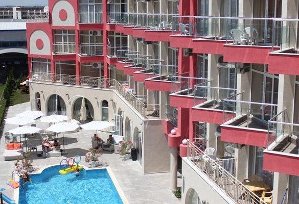 Rose Garden Omax Hotel Apartments - фото 18