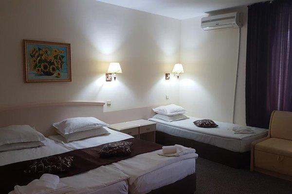 Detelina Hotel - фото 3