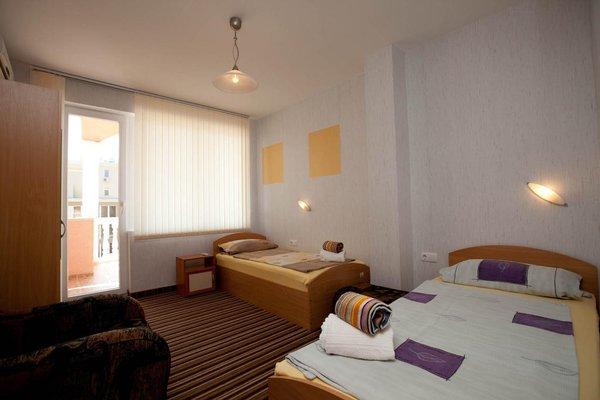Aquarelle Hotel - фото 3