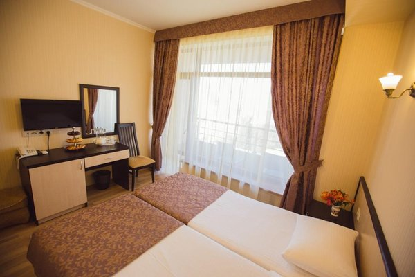 Наири Отель - фото 2