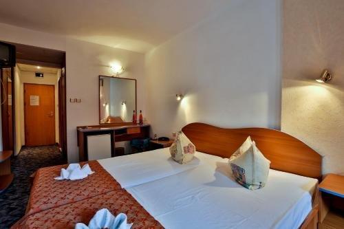 Kamchia Park Hotel - фото 1