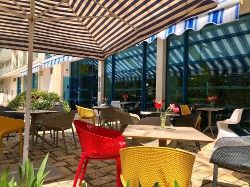Holiday Park Hotel - фото 50