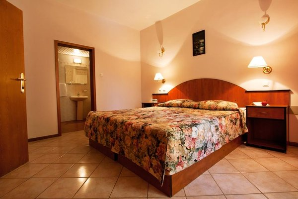 Ljuljak Hotel - фото 4