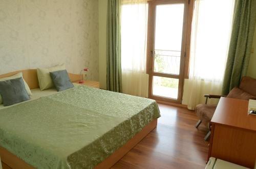 Hotel Rai - фото 2