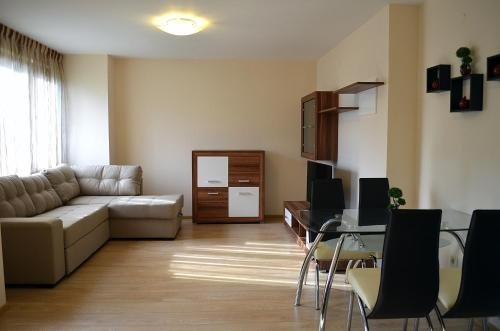 Apartments in Royal Beach Plaza - фото 5