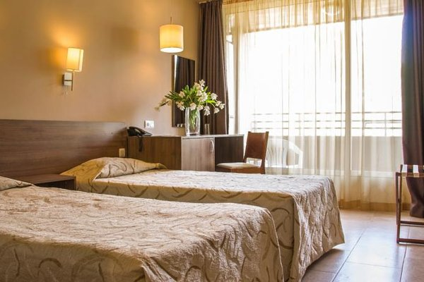 Hotel Akacia - фото 2