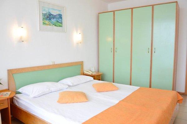 Отель Елица - фото 4