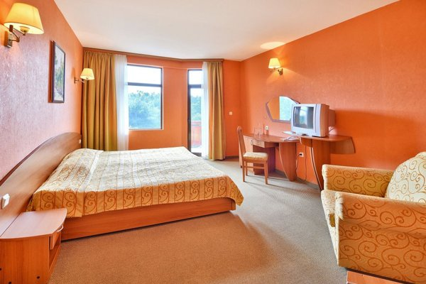 Hotel Estreya Palace - фото 1