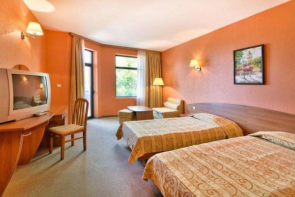 Hotel Estreya Palace - фото 2