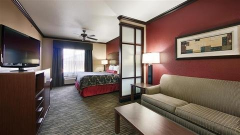 Photo of Best Western Plus Classic Inn and Suites
