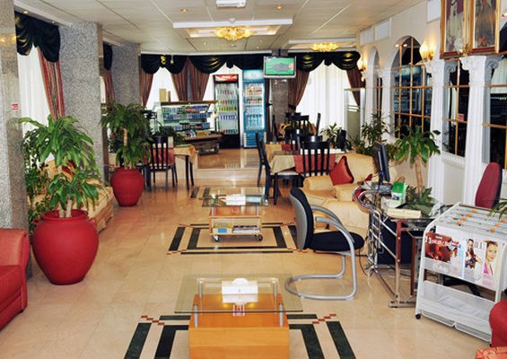 Liwa Plaza Hotel Apartments - фото 10