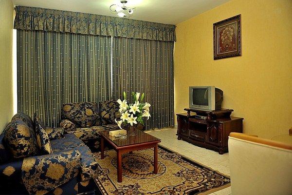 Liwa Plaza Hotel Apartments - фото 6