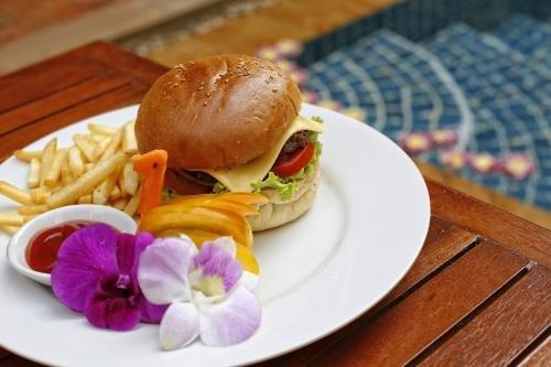 Golden Mango Inn - фото 11