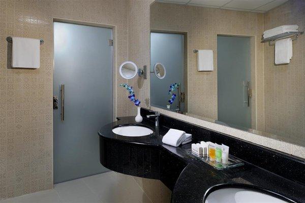 Al Safir Hotel & Tower - фото 11