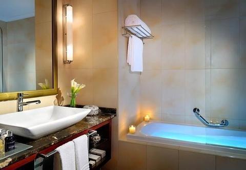 Marriott Executive Apartments Manama, Bahrain - фото 6