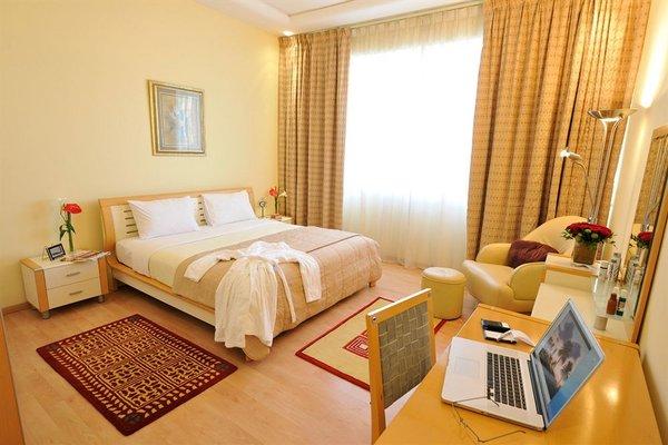 One Juffair Luxury Serviced Apartments - фото 1
