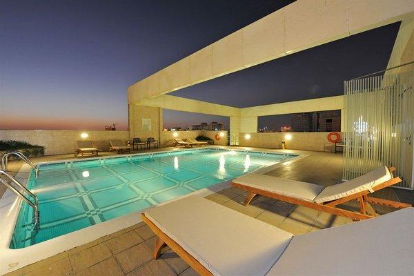 One Juffair Luxury Serviced Apartments - фото 16