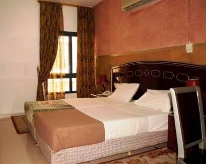 Shalimar Park Hotel - фото 4