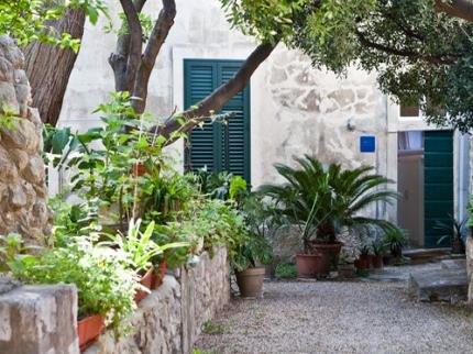 Mediteran & Ragusa with garden - фото 14