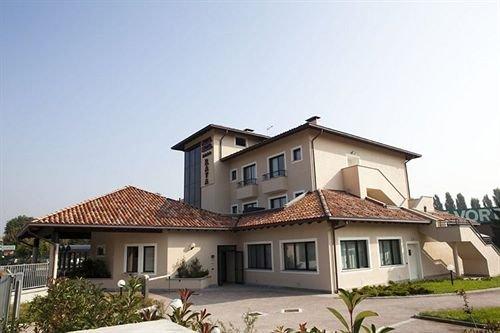 Hotel Motel Raya - фото 22