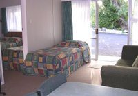 Отзывы Oakura Beach Motel, 3 звезды