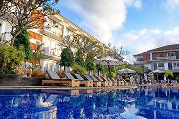 Kuta Beach Club Hotel Berada Di Kawasan Wisata Kuta Dengan