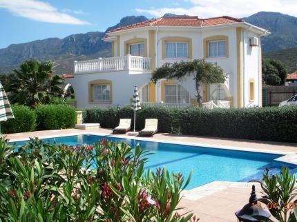 The Villa Club Hotel Kyrenia - фото 17