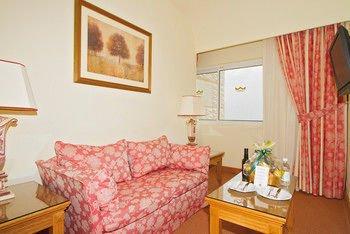Hotel Riu Palace Tres Islas - фото 2