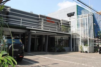 Hotel Sepuluh Lingkar Selatan
