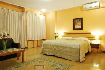 Arlya Hotel