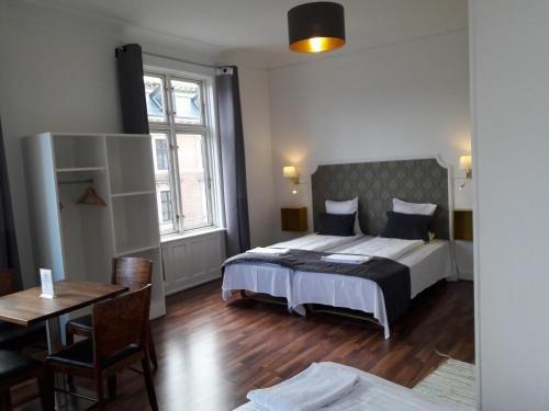Hotel Loven - фото 1