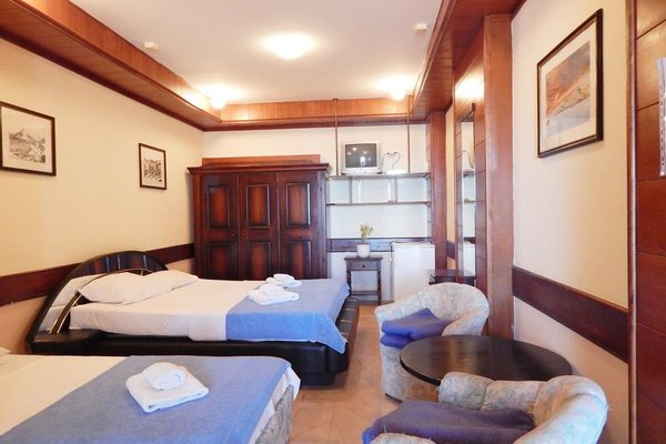 Hotel Vila Aleksandar - фото 4