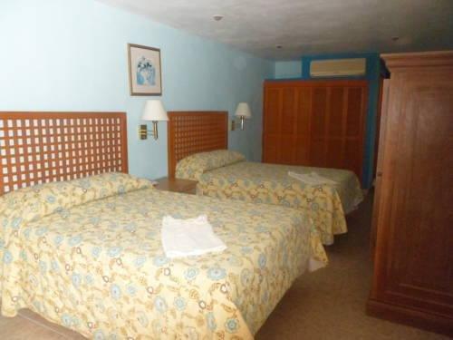 Гостиница «Gandhi», Четумаль