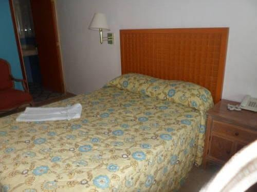 Hotel Gandhi - фото 1