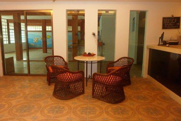 Hotel Gandhi - фото 7