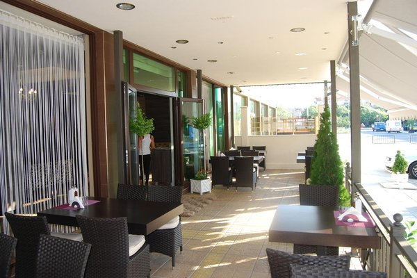 Central Plaza Hotel - фото 14